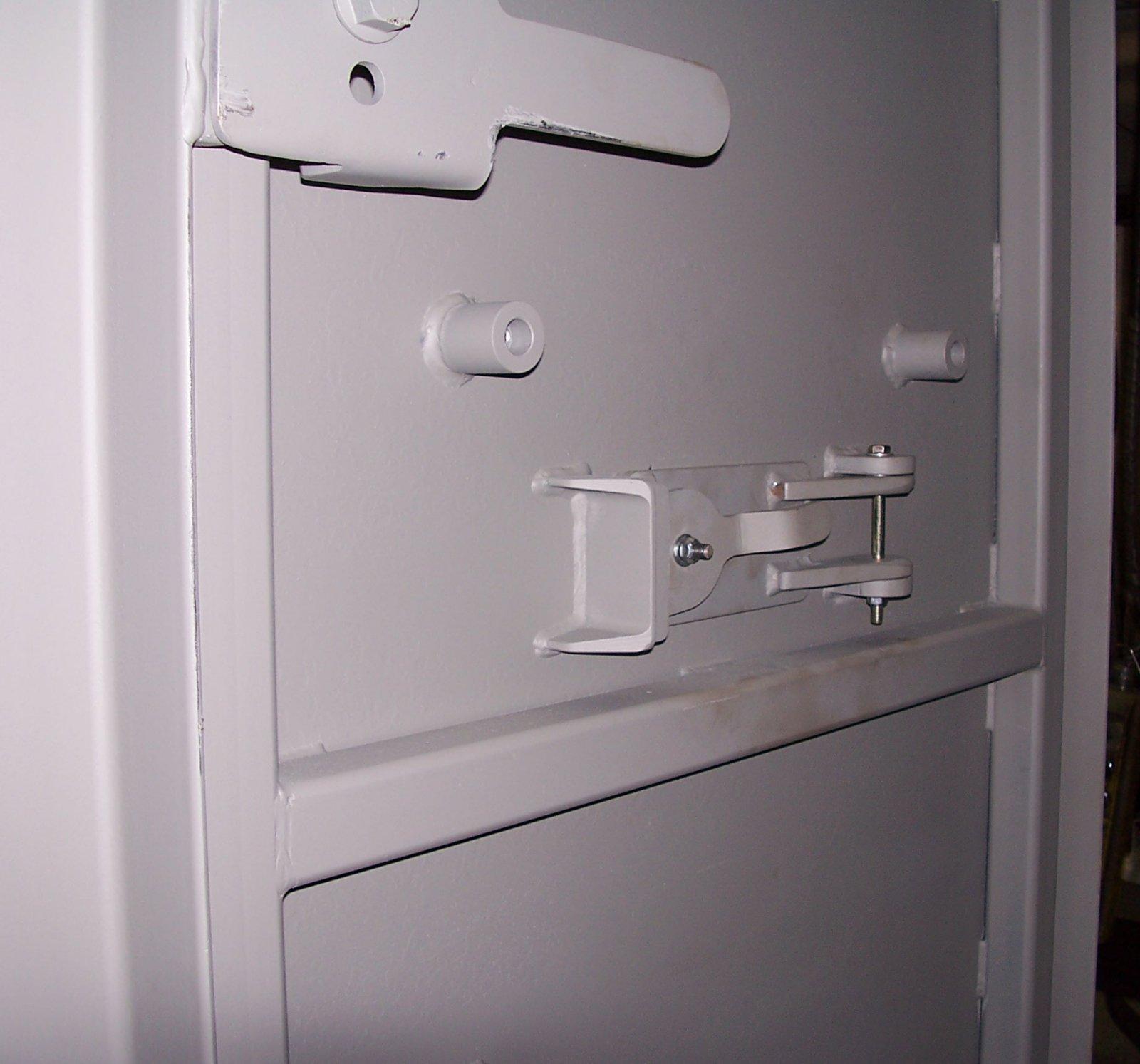 Latches on a ballistic door