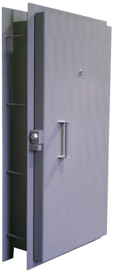 Concrete filled single leaf blast door