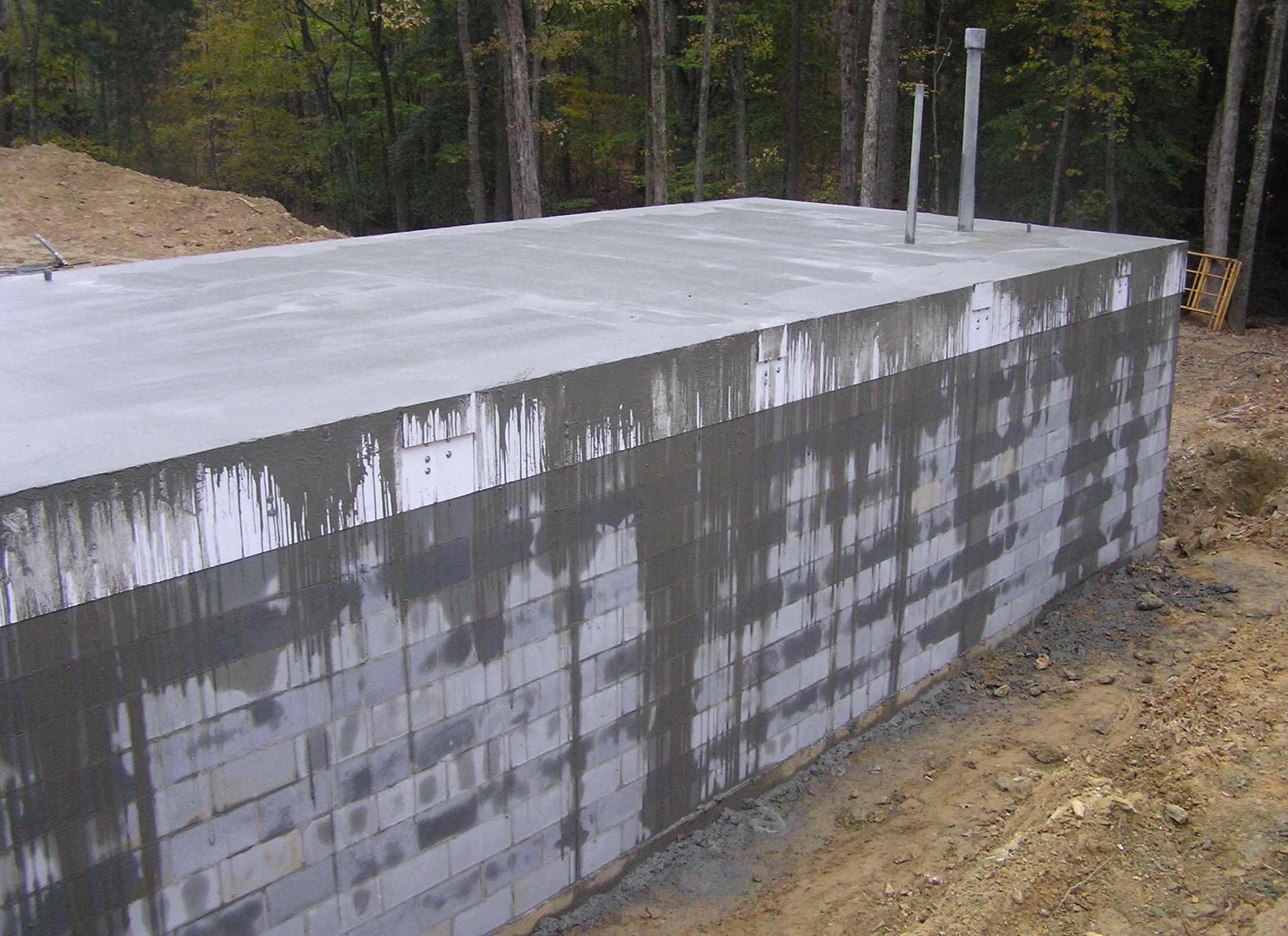 Steel reinforced concrete bomb shelter